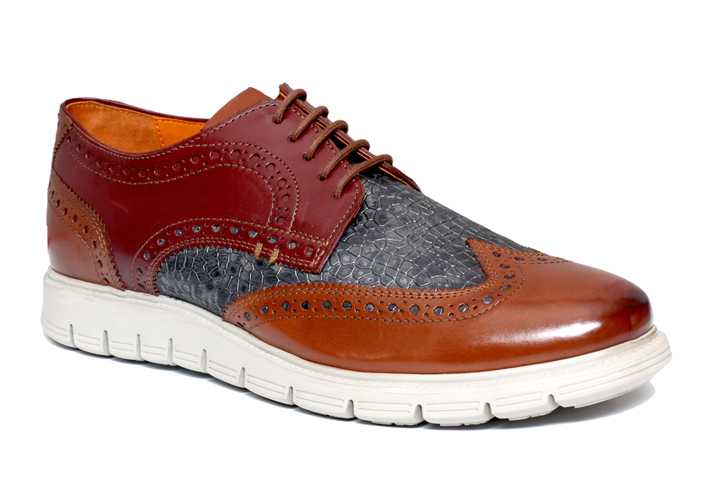 Real Leather Men Tan Extralight Sole Shoes