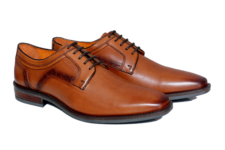 Men Brown Derby Shoes